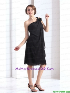 One Shoulder Black Short Style Mother Dresses with Hand Made Flower