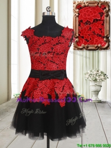 Simple Laced and Bowknot Square Tulle Short Mother of the Bride Dress in Red and Black