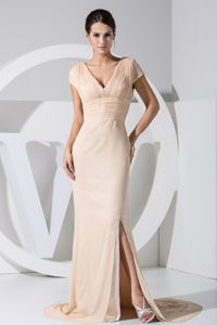 Champagne V-neck Brush Train Slitted Mother Bride Dress Shop