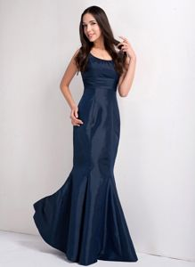 Affordable Mermaid Scoop Neck Mother Bride Dress in Navy Blue