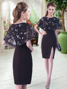 Affordable Knee Length Column/Sheath Half Sleeves Black Mother of the Bride Dress Lace Up