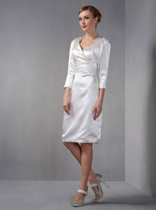 Simple Style V-neck Knee-length White Mother of Bride Dresses