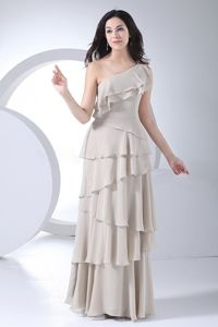 Ruffled Layers Decorate Grey One Shoulder Mother of the Bride Dress