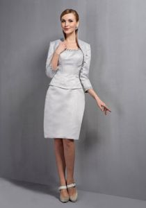 Column Scoop Beaded Gray Mother of the Bride Dress in Knee-length