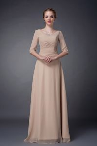 Champagne V-neck Beaded Mother of the Bride Dresses Half Sleeves Design