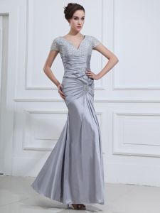 Short Sleeves Mermaid Beaded V-neck Ankle-length Mother of the Bride Dresses in Grey