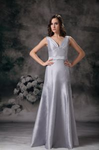 Grey Straps V-neck Floor-length Mother Of Bride Dress with Ruche