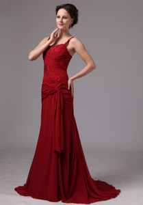 Wine Red Spaghetti Straps Beading Mother of the Bride Dress with Brush Train