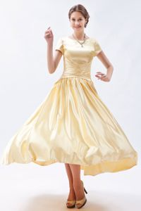 Tea-length Bateau Short Sleeves Ruched Mother of Bride Dresses