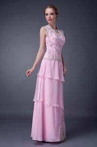 Baby Pink V-neck Mother of the Bride Dress Chiffon Appliques