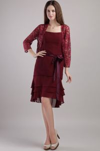 Strapless Knee-length Chiffon Mother of the Bride Dress Burgundy