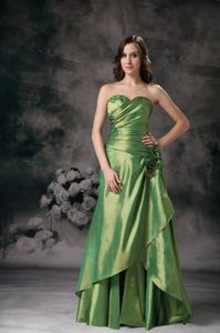 Plus Size Green Ruched Mother Bride Dress with Hand Made Flowers