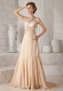 Sweet Champagne Sweetheart Beaded Mothers Dresses Sweep Train