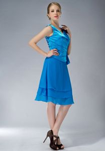 V-neck Knee-length Ruched Mother of the Bride Dress Sky Blue