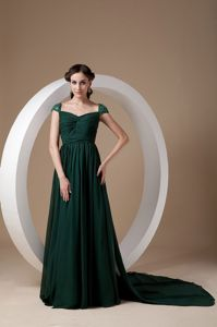 Chiffon Dark Green Mother of the Bride Dresses with Watteau Train and Beading