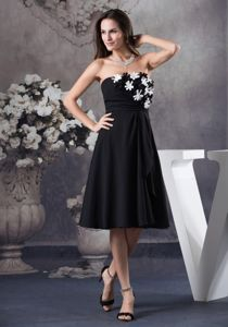 Black Strapless Knee-length Mother of the Bride Dress with Hand Made Flowers
