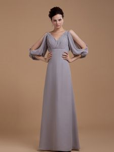 Flattering Grey V-neck Mother of the Bride Outfits with Open Sleeves