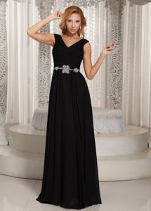 Black V-neck Chiffon Dresses for Bride Mother with Beading Waist
