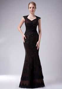Back Cutout Mermaid V-neck Appliqued Beading Mother of the Bride Dresses