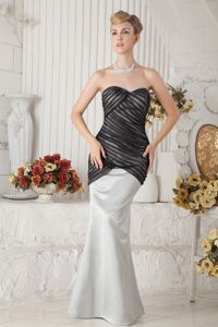 Exquisite Black and Ivory Sweetheart Special Fabric Mother of the Bride Dress
