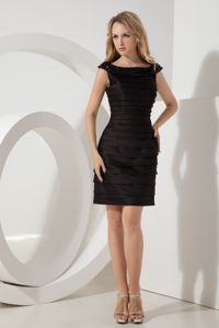 Black Sheath Bateau Mother of the Bride Dress for Wedding Party with Ruche