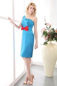 Sky Blue Mini-length Mother of the Bride Dress with One Shoulder and Bow