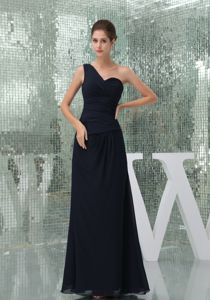 One Shoulder Ruched Long Mother Bride Dress in Navy Blue