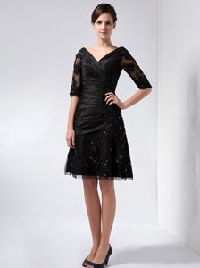 V-neck Half Sleeves Appliqued Black Mothers Dresses for Wedding