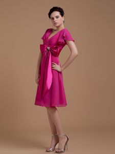 Most Popular V-neck Fuchsia Mother of Bride Dresses with Bow