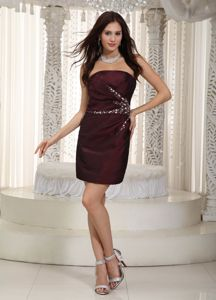 2013 Simple Style Mini Burgundy Mother of Bride Dress with Rhinestones