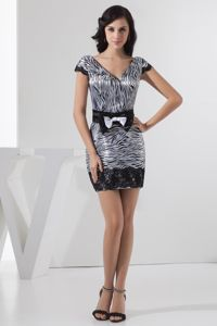 Fashionable V-neck Mothers Dresses for Weddings with Zebra Print