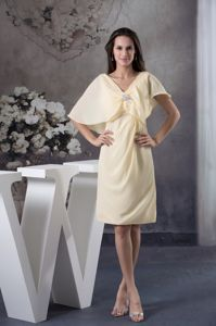 V-neck Knee-length Light Yellow Mother of Bride Dress with Butterfly Sleeves
