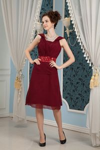 Knee-length Square Chiffon Burgundy Mother of Groom Dresses